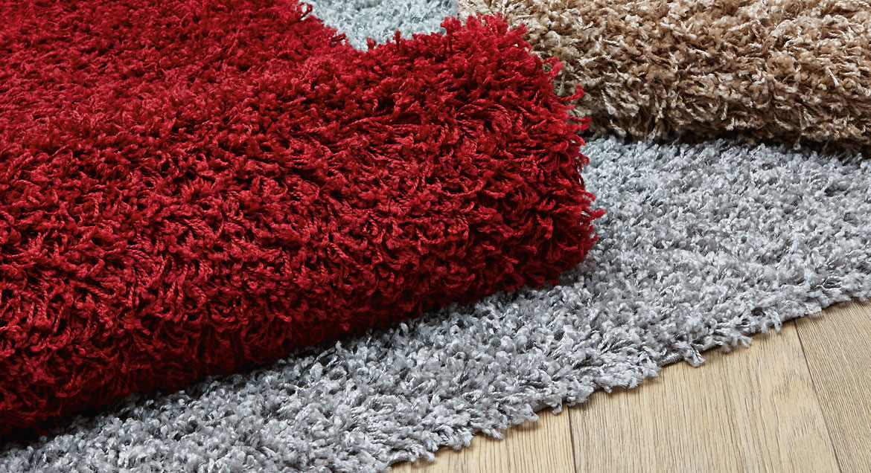 shaggy rug living room