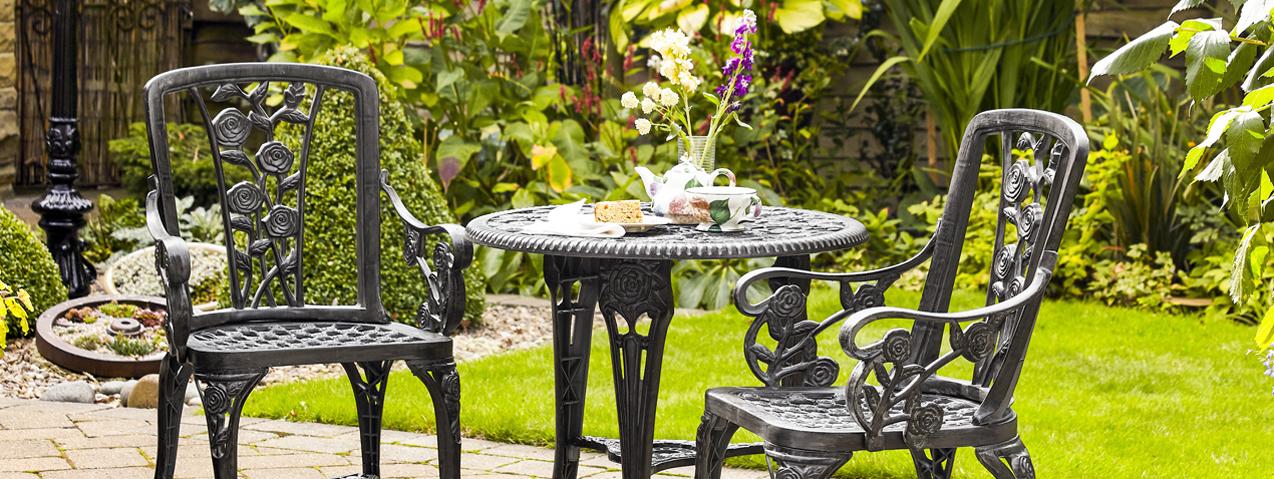 Dining alfresco garden furniture set