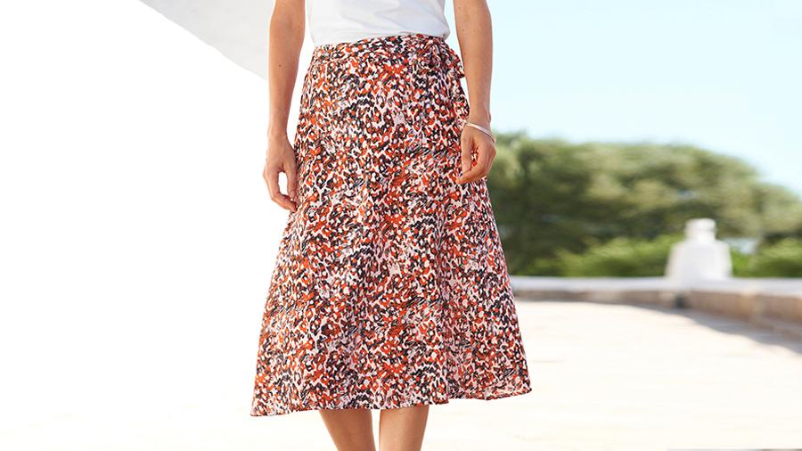 Q581 Burnt Orange Print Skirt