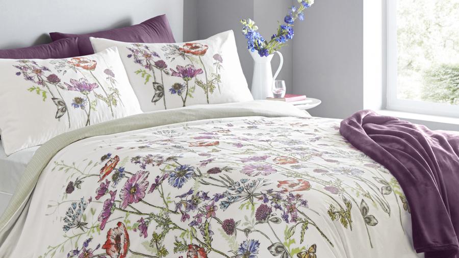 Cassandra bedding set